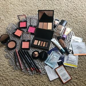Other - Makeup bundle 🌟🌟 Great product and price